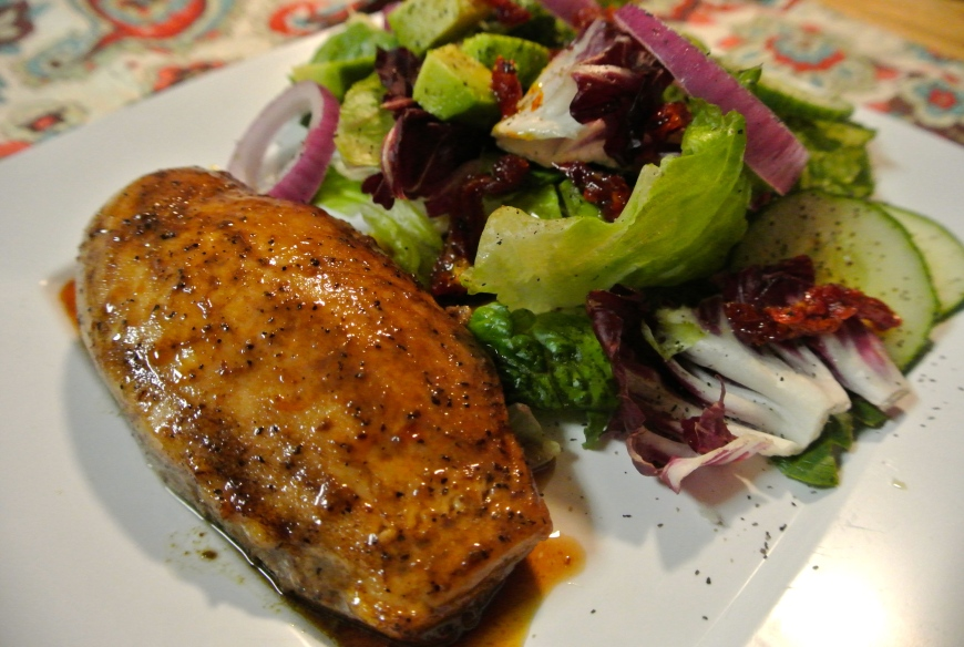Chicken on balsamic vinegar with green salad